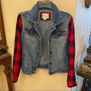 FOREVER 21 Jean Jacket  Size Small